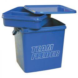 Team Feeder szögletes vödör csalizó tálcával